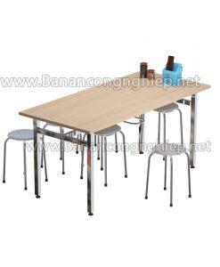 Bàn ăn công nghiệp BA16iM, chân inox bề mặt bàn gỗ MFC nhập khẩu, có móc treo ghế đôn tiện dụng.